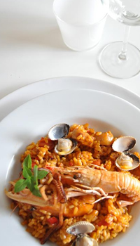 Restaurante La Casa Gallega - Deguste nuestros exquisitos platos de arroces