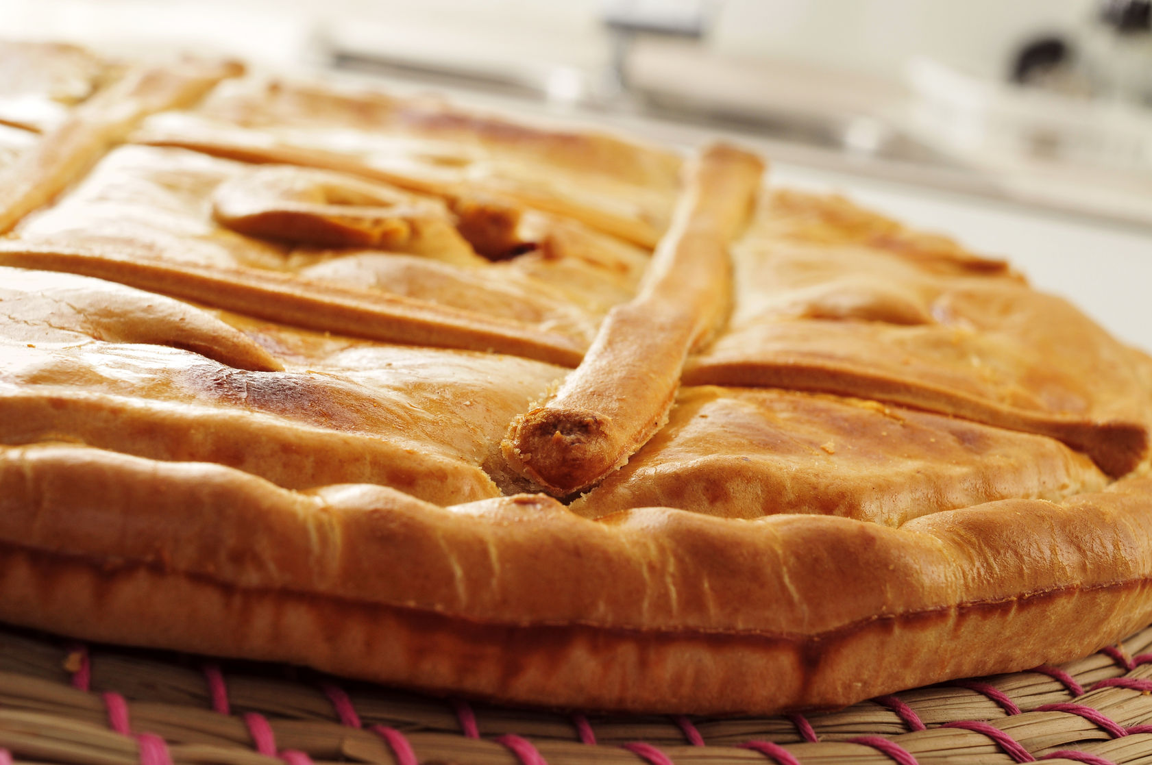 Try the mass of our traditional Galician pie